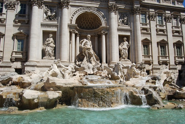 trevi-fountain-530294_640