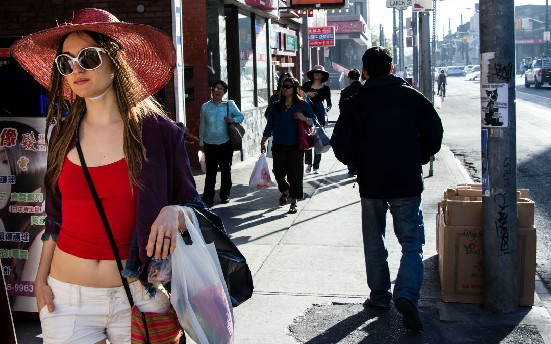 15 Must-Know Tips for Solo Female Travelers (#3 is really clever!)