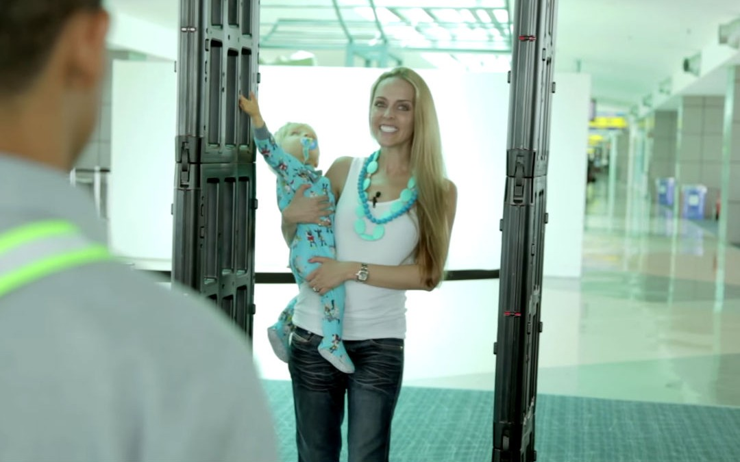 Helpful Tips to get Both You and Your Babies Through Airport Security with Ease