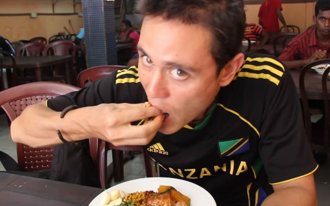 10 Strange Cultural Eating Traditions That are Very Different From the American Dining Style