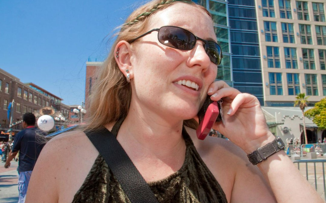 Everything You Need to Know About Cellphone Etiquette on Different Continents