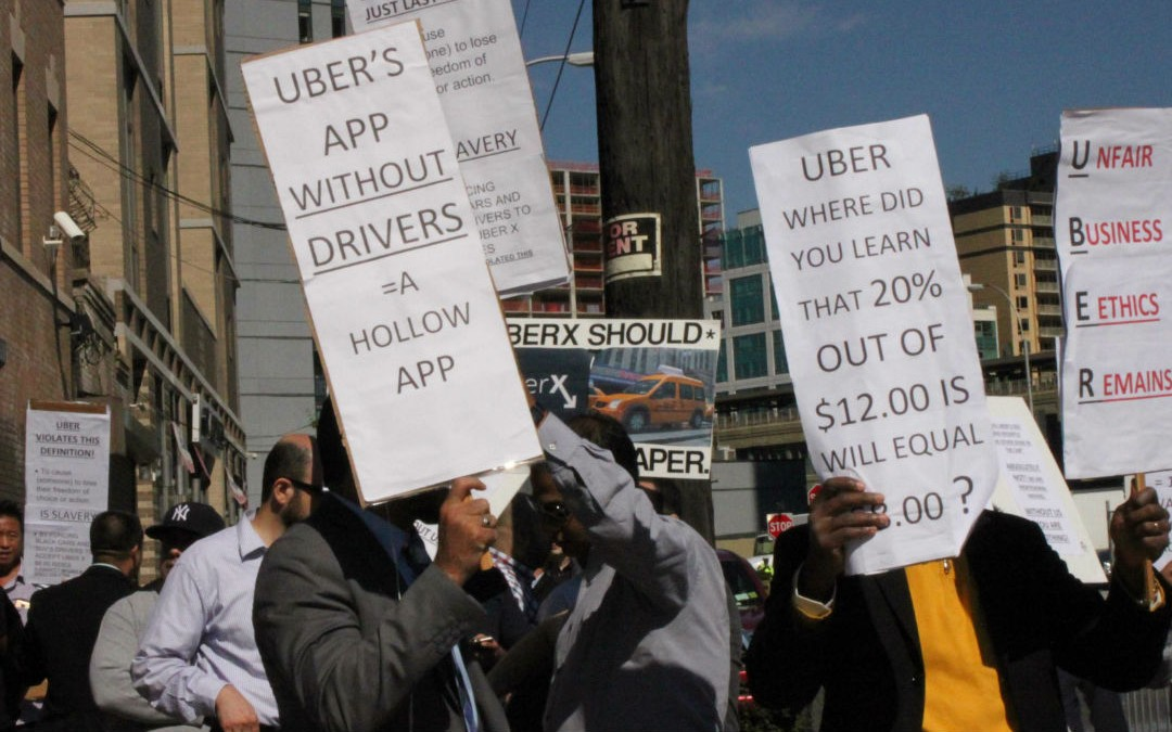 "Toronto Cabbies: ""UberX is Illegal and Taking Food Off Our Plates!"""