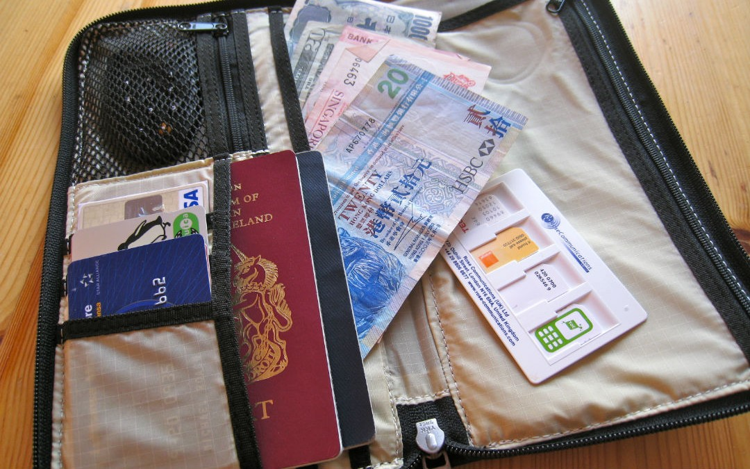 3 Money-Saving Travel Hacks That Save You Big Bucks