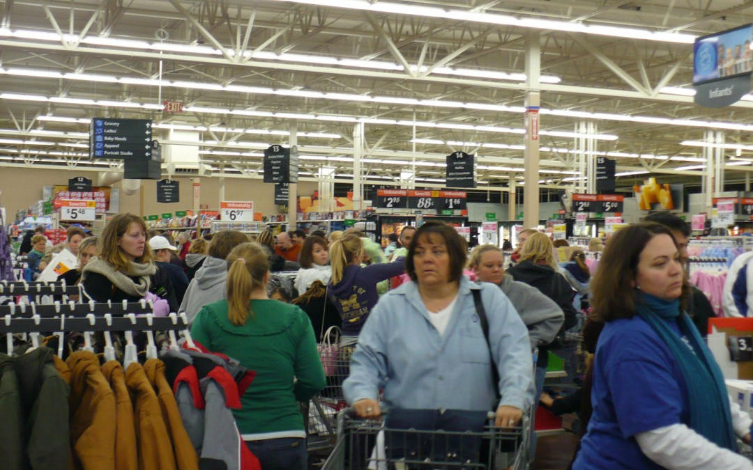 Tips for Getting Around and Scoring Wicked Deals on Black Friday 2016